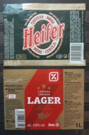 2 ETIQUETAS CERVEZA HEIFER - LAGER. 1 LITRO. - Cerveza