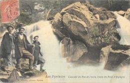 Cascade Du Pas De L'ours (Hautes-Pyrénées) Route Du Pont D'Espagne - Edition A. Villatte - Carte Animée, Colorisée - France