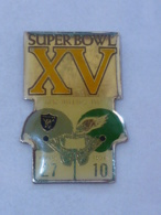 Pin's XV° SUPERBOWL - Football