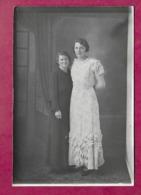 Grande PHOTO 18 X 12 Cm Des Années 1930...FEMMES ( PIN UP) ..fonds Photographe Bourgault à Flers (Orne 61) - Pin-up
