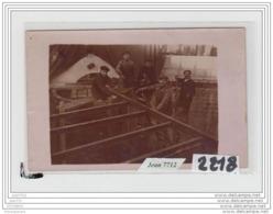 8416 AK/PC/CARTE PHOTO A IDENTIFIER/2218/COUVREURS/CARTE ACHETE EN SAONE ET LOIRE - Cartoline