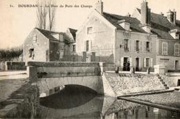 91. CPA. DOURDAN.  Le Pont Du Puits Des Champs. - Dourdan