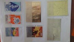 Sélection De Bonnes Valeurs ** Ou Oblitérées D'AFRIQUE Dont Timbres En Or Dans Un Carnet à Choix . A Saisir !!! - Collections (en Albums)