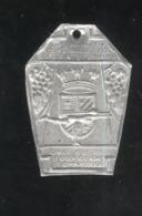 Badge 5ème Fête Internationale Féminine De Gymnastique - Dijon 22-23 Juillet 1950 - Militaria