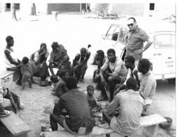 Photo Haute Volta (Burkina Faso) 1980. Un Centre D'Animation Rurale Et Le Père Chaix. Photo Du Père Gust Beeckmans - Africa