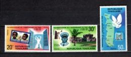 TOGO N° 658 à 660  NEUFS SANS CHARNIERE COTE  4.00€  INDEPENDANCE - Togo (1960-...)