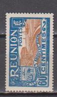 REUNION        N°  YVERT  :    95   NEUF AVEC  CHARNIERES      ( Ch 2/26  ) - Réunion (1852-1975)