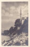 Mostar * An Der Narenta, Moschee, Stadtteil * Bosnien Herzegowina * AK807 - Bosnië En Herzegovina