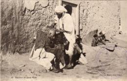 Barbier En Plein Vent - Cachet Militaire (113° Rgt D' Infanterie A Guercif)  (116333) - Zonder Classificatie