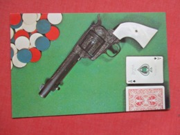 Poker Chips  Hand Gun  Playing Cards       Ref 3617 - Playing Cards