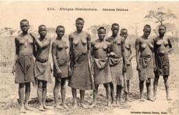 Afrique Occidentale - Jeunes Diolas - Femmes Seins Nus  (116346) - Sénégal