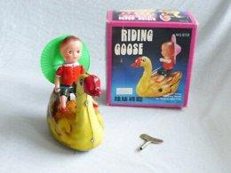 Blechspielzeug - Ridimg Goose - MS858 - OVP (806) - Antikspielzeug