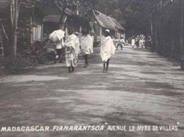 ↂ MADAGASCAR FIANARANTSOA AVENUE MYRE DE VILLERS C. 1900 CARTE POSTALE ANCIENNE COLONIE FRANCAISE CPA - Madagascar