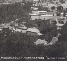 ↂ MADAGASCAR FIANARANTSOA LA VILLE HAUTE C. 1900 CARTE POSTALE ANCIENNE COLONIE FRANCAISE CPA - Madagascar