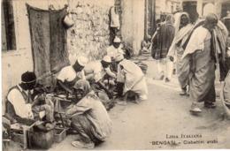 Nella Libia Italiana - Bengasi - Ciabattini Arabi - - Libia