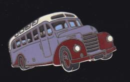 60023- Pin's .Bus.car.transport..signé Démons Et Merveilles. - Transports