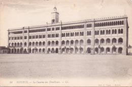 Seltene ALTE   AK  BIZERTA / Tunesien  - La Caserne - 1915 Gelaufen - Tunisia