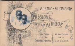 Carnet De 10 Cartes-postales Toutes Superbement Animées De Familles Et D'intérieurs De Villages. Missions D'Afrique Des - Cartoline