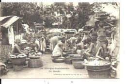 Afrique Occidentale Sénégalaises (seins Nus) Au Marché - VENTE DIRECTE X - Senegal