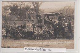 57 - MOULINS LES METZ - CARTE PHOTO - BEAU PLAN DE MILITAIRES ET CAMION - France
