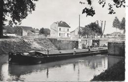 ESBLY ( 77 ) - L' Ecluse  ( C.P.S.M. , Pt - Ft ) - Houseboats