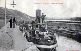 CPA -  MERICOURT  (78)  Passage Dans L' Ecluse -  Remorqueur  GUEPE - Francia