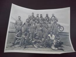 Militaire Pilote Devant Avion Indochine Peut-être 17x23 - Guerre, Militaire