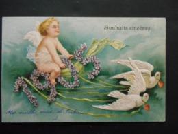 Angelot Assis Sur 1905 En Violettes Tiré Par 2 Colombes Avec Coeurs Rouges -  Gaufrée - Anges