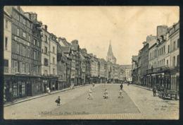 LISIEUX - LA PLACE VICTOR HUGO - Lisieux