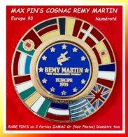SUPER MAX PIN'S COGNAC Remy MARTIN : PUZZLE Avec PIN'S CENTRAL NUMEROTE. 2 Pin's ZAMAC Base Or Diamètres 4 Et 2cm - Boissons