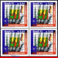 Ref. BR-2553-Q BRAZIL 1995 - X-RAY, ROENTGEN,, BIRTHDAY, HEALTH, MI# 2668, BLOCK MNH, SCIENCE 4V Sc# 2553 - Médecine