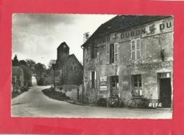 CPSM Petit Format -  Epieds  -(Aisne) - La Place De La Liberté - France