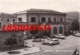 UMBERTIDE - STAZIONE FERROVIARIA F/GRANDE VIAGGIATA 1963 ANIMAZIONE INSEGNE - Perugia