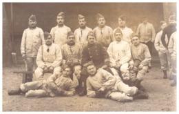 28è RGT D'INFANTERIE .3è BATAILLON 10èCie EVREUX -PELOTONS DES ELEVES CAPORAUX  JANVIER 1914- CARTE PHOTO - Guerra, Militares