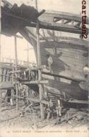 SAINT-MALO CHANTIER DE CONSTRUCTION NAVIRE BORDE METIER ARMATEUR BATEAU 35 BRETAGNE - Saint Malo