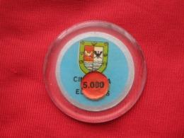 Chile  Ficha  Chip 5.000 Pesos Casino De Puerto Varas - Casino