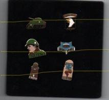 Pin's Militaire Bastogne, Nuts, Dos Doré Par Tonton Lulu Rare....BT14 - Militaria