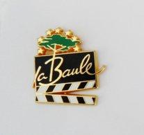 Pin's Clap De Cinéma La Baule Au Dos FESTIVAL LA BAULE FILM EUROPEEN - RE/01 - Cinéma