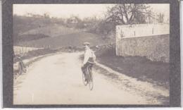 YVELINES CHANTELOUP LES VIGNES CYCLISTE 1913 - Lieux