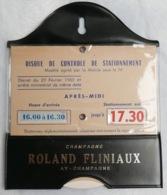 Disque De Stationnement Vintage—Champagne Roland Fliniaux—Simili Cuir Noir - Pubblicitari