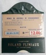 Disque De Stationnement Vintage—Champagne Roland Fliniaux—Simili Cuir Vert - Werbung