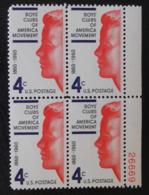 CENTENAIRE DES CLUBS DE JEUNES 1960 - BLOC DE QUATRE NEUF ** - YT 700 - MI 793 - BORD DE FEUILLE NUMEROTE - Neufs