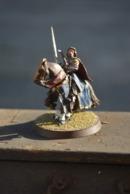 Rare Figurine Peinte En Métal Chevalier à L'épée - Figurines