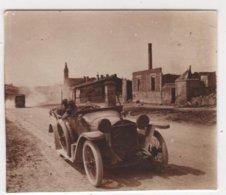 Photo Originale Auto De Dion Bouton Ruines WWI Lieu à Identifier - Automobiles