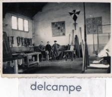 Photo Authentique Et Rare - Atelier  Jeunesse Ouvrière Chrétienne - Fier, Pur, Joyeux - Mr Quercy, Galopin, Boré - 1942 - Métiers
