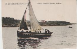 CPA CONCARNEAU (29) BATEAU SARDINIER RENTRANT AU PORT - Concarneau