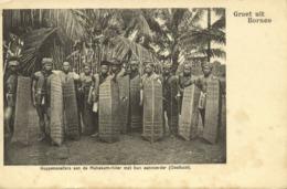 Indonesia, BORNEO, Dayak Headhunters Mahakam River, Shields (1899) Postcard - Indonesië