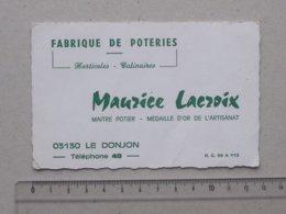 LE DONJON (03): Carte De Visite Ancienne FABRIQUE DE POTERIES Horticole Culinaire - Maître Potier LACROIX Téléphone 48 - Cartes De Visite