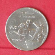 COLOMBIA 10 PESOS 1982 -    KM# 270 - (Nº30959) - Kolumbien