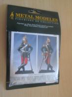 Figurine Métal TOP QUALITE à Monter Et Peindre METAL MODELES 54mm, 1870 DRAGONS OFFICIER Vaut 23€ En Magasin1859 - Small Figures